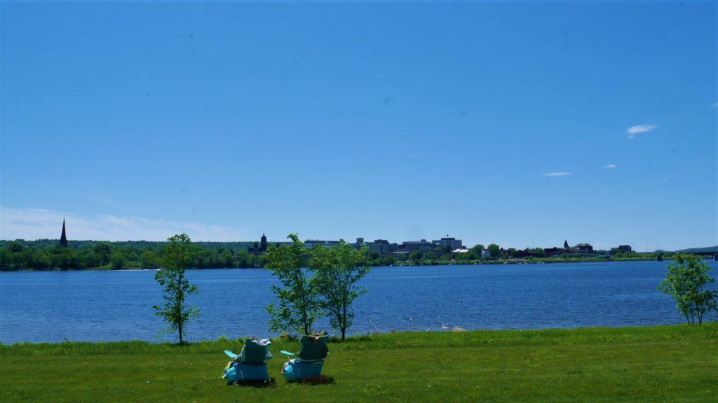Fredericton fleuve saint-jean été