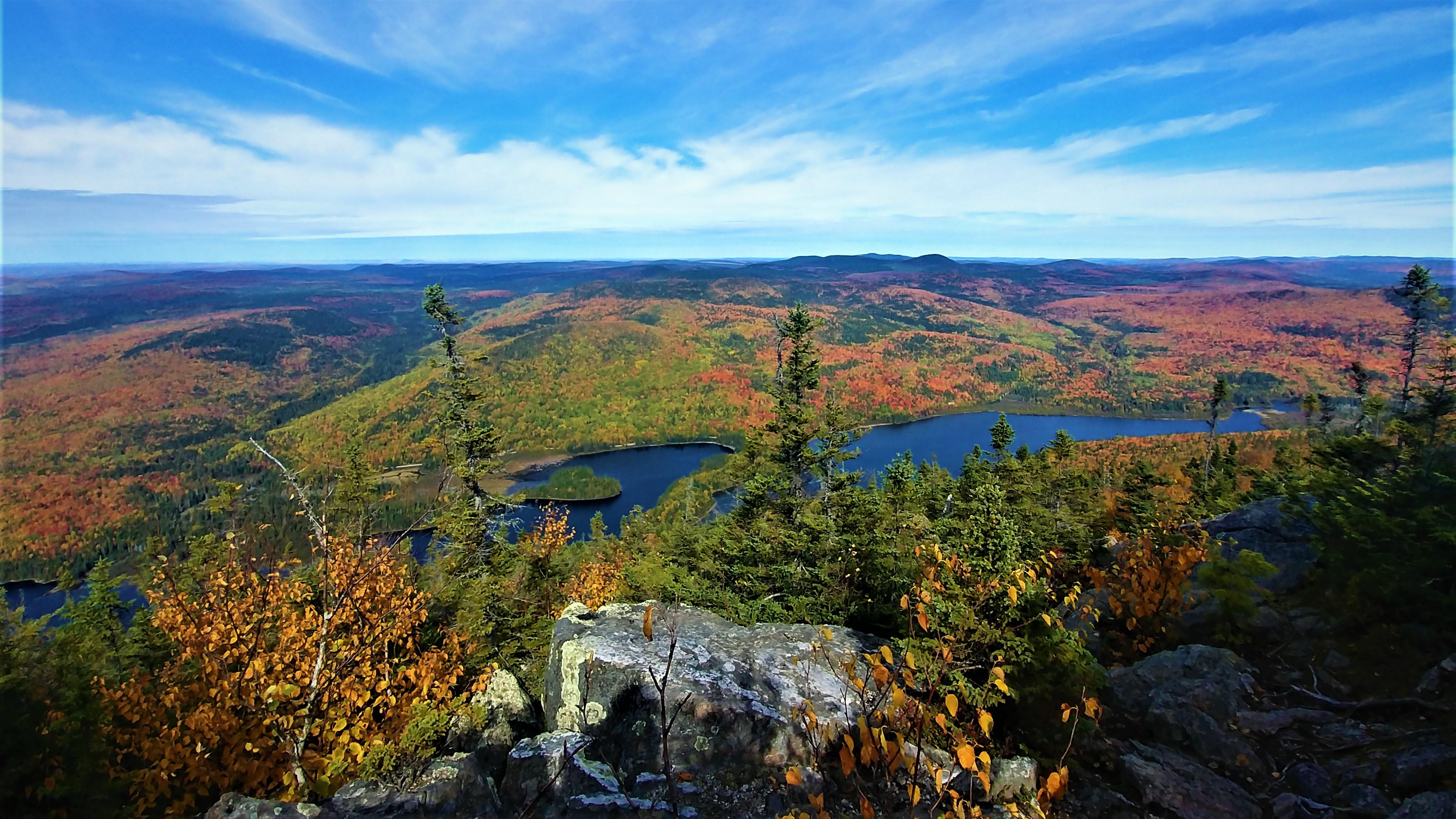 Mont Carleton Nouveau-Brunswick Canada Acadie road-trip automne blog voyage road-trip arpenter le chemin lac Nictau