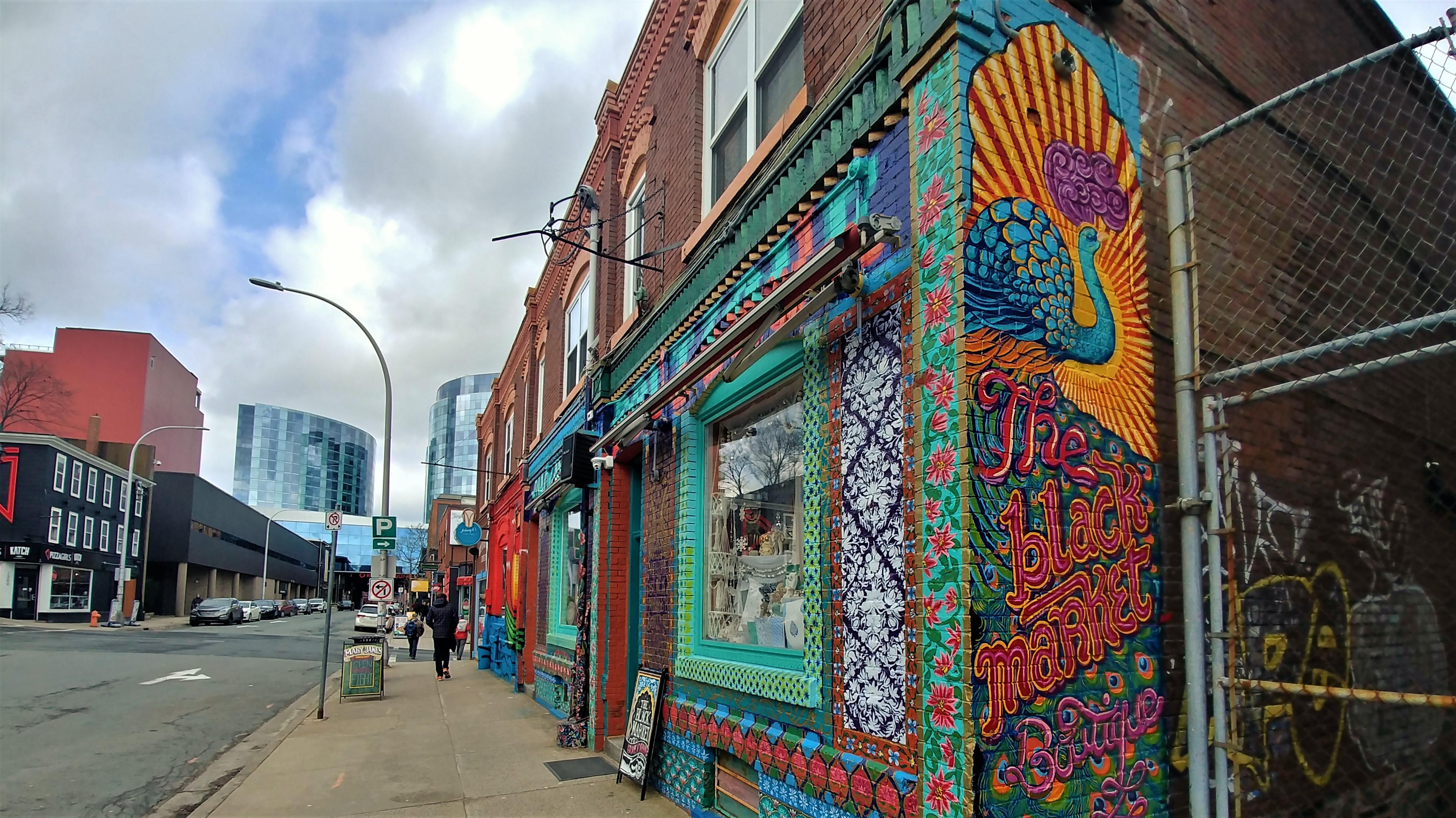 Halifax street art centre-ville que faire nouvelle-ecosse blog voyage arpenter le chemin