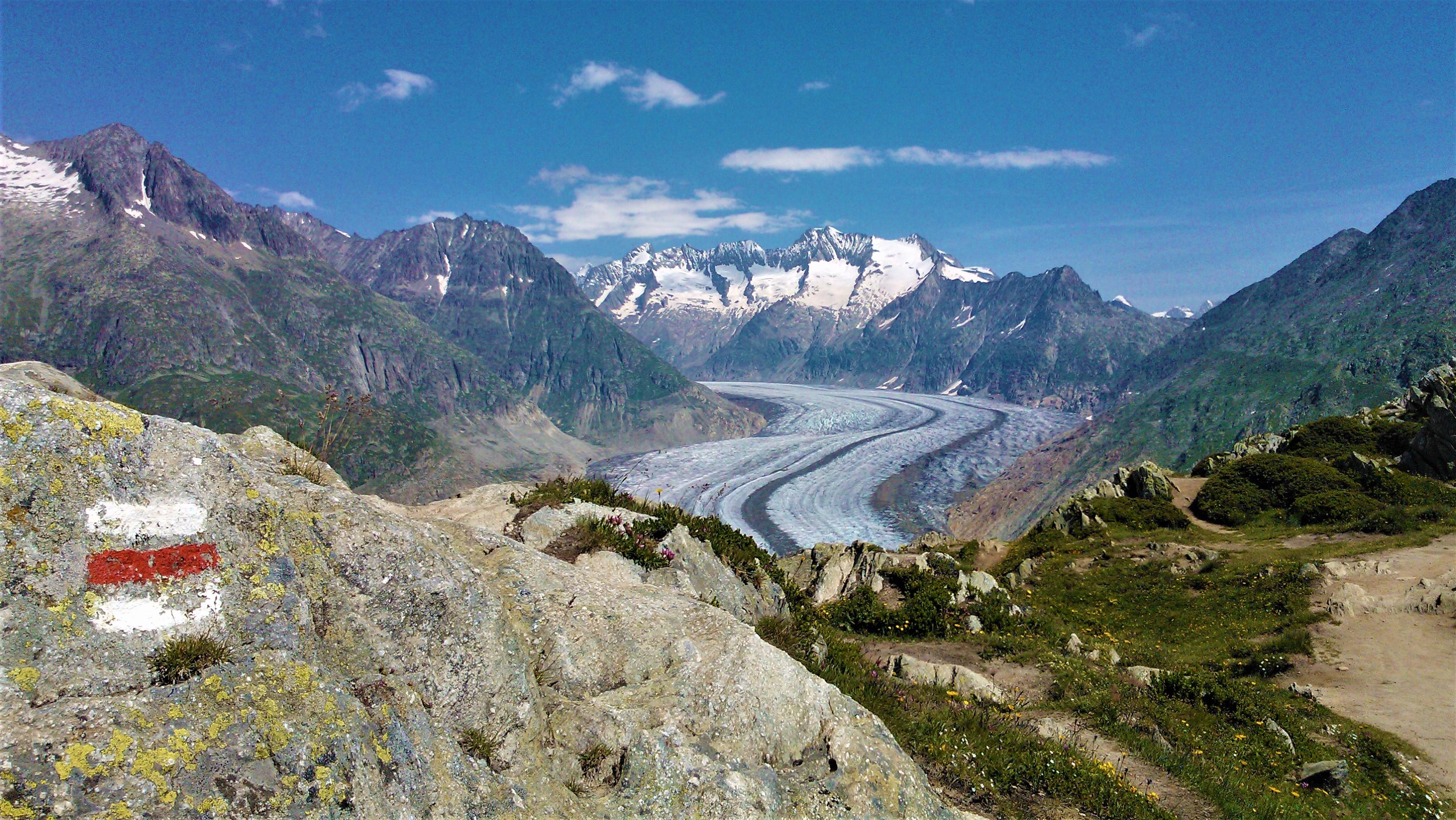 suisse romande ou randonner glacier aletsch que voir blog voyage alpes arpenter le chemin