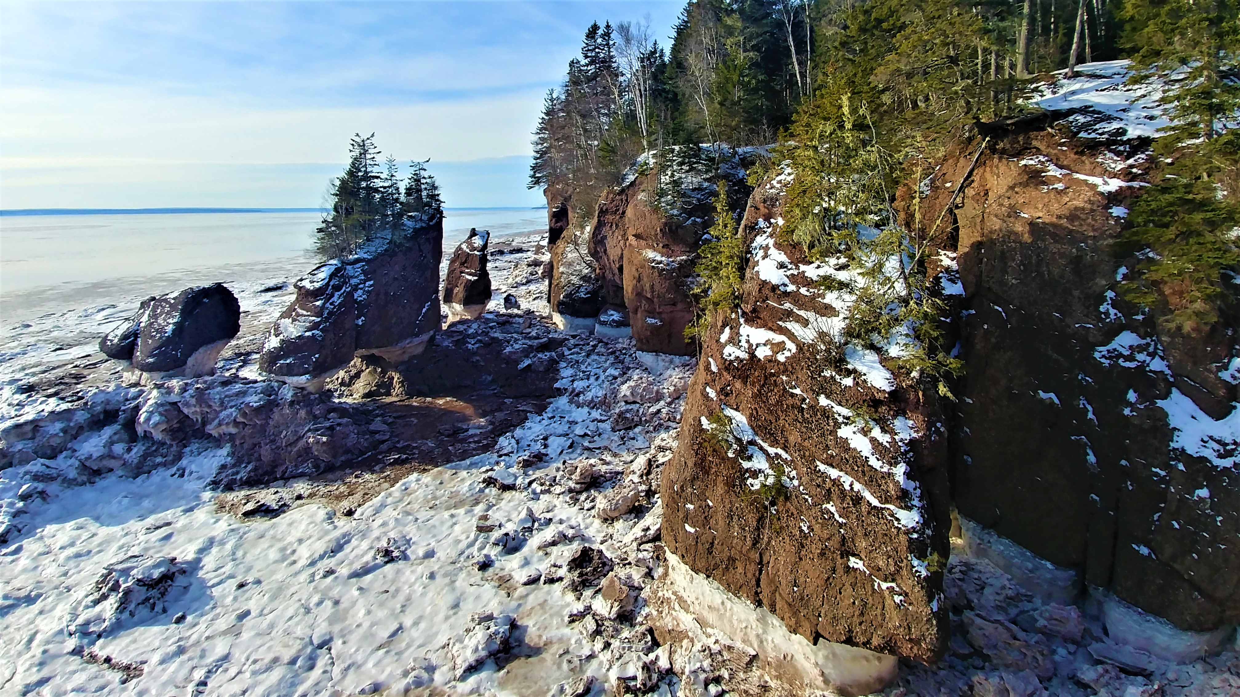 rochers hopewell rocks nouveau-brunswick hiver blog voyage road-trip canada arpenter le chemin