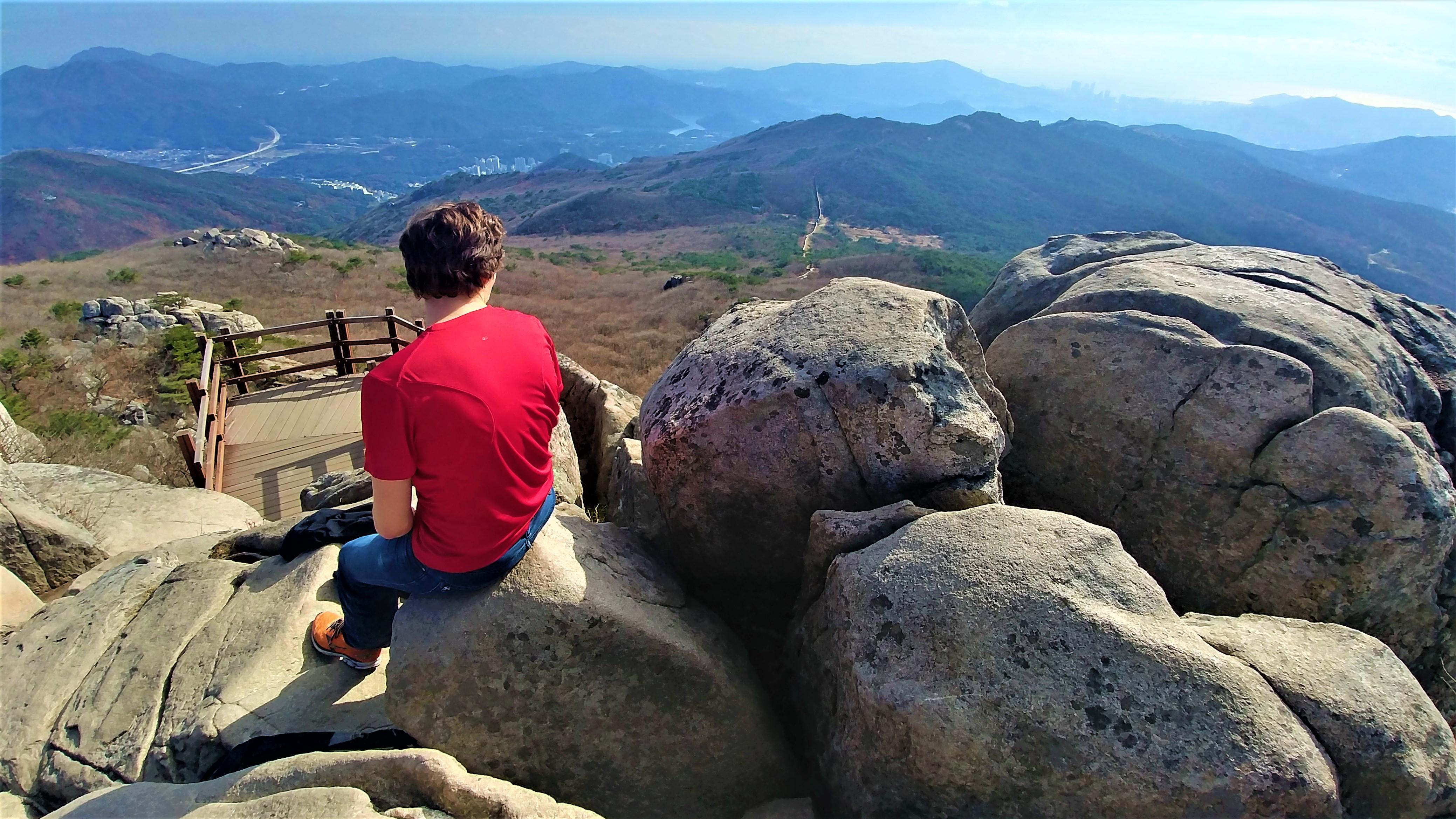 Busan montagne muraille Gobangbong randonnee temple beomeosa blog voyage coree du sud arpenter le chemin
