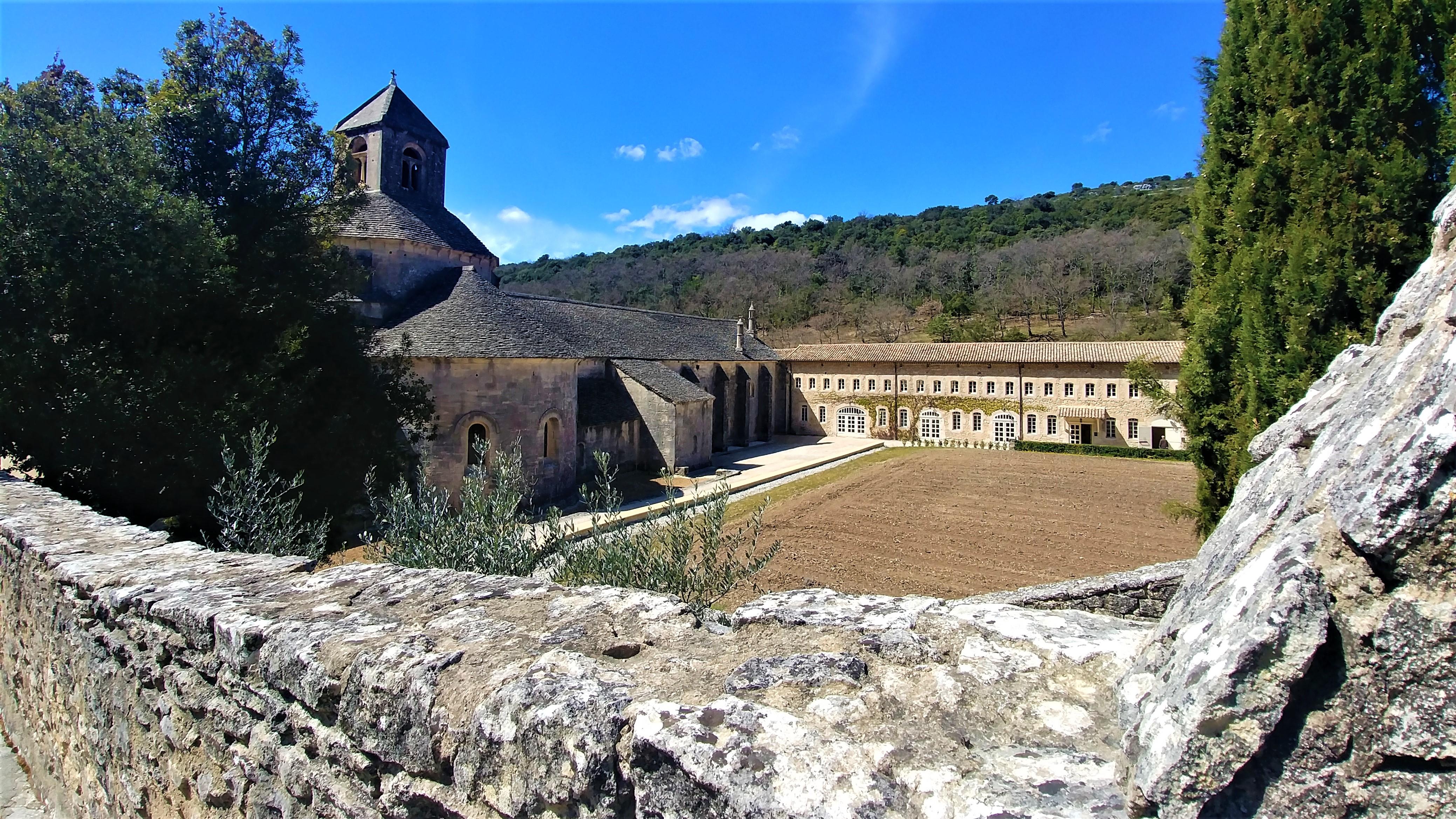 Gordes visiter abbaye Senanque que voir provence road-trip escapade blog voyage