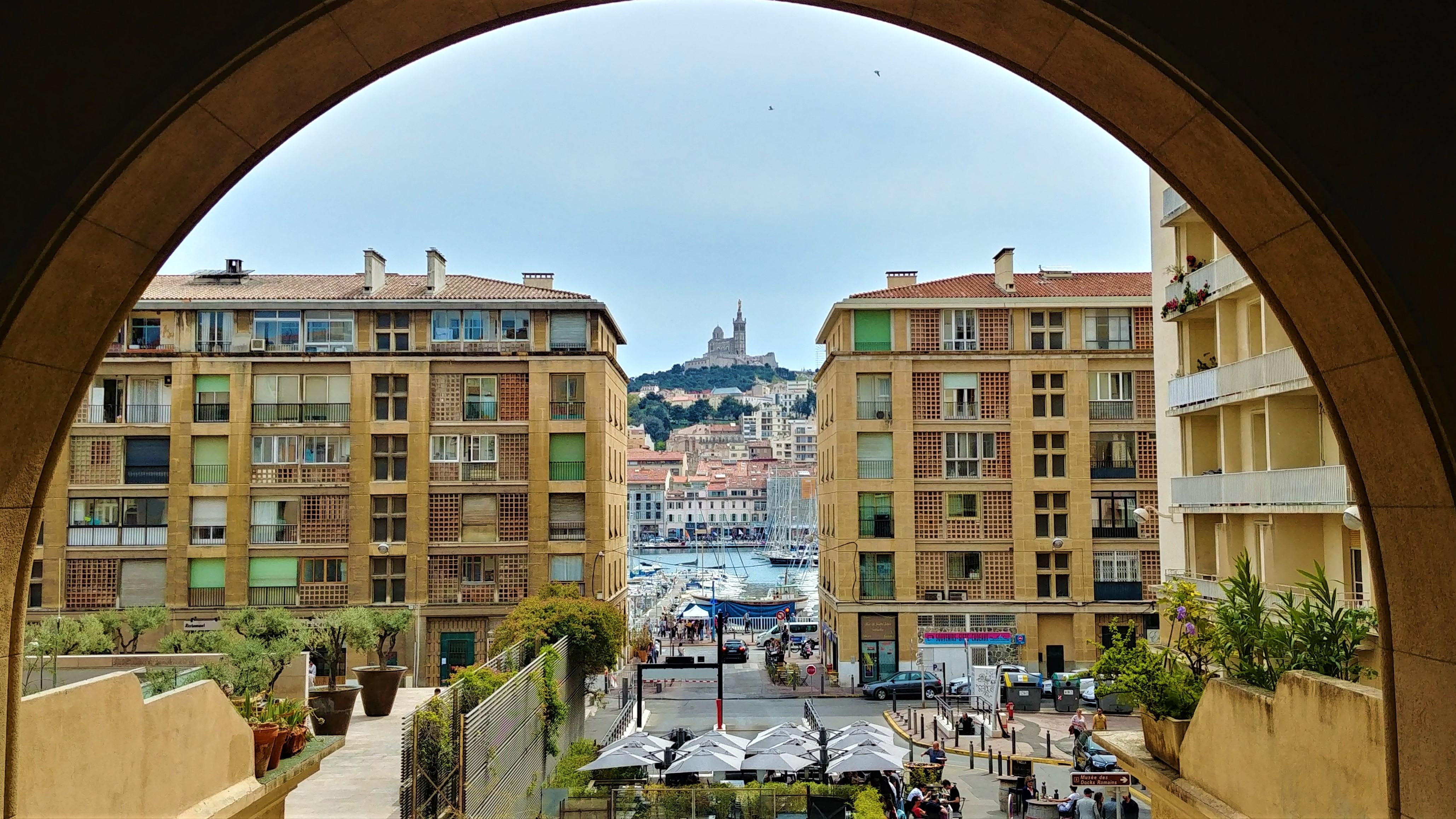 marseille vieux-port visiter blog voyage provence arpenter le chemin