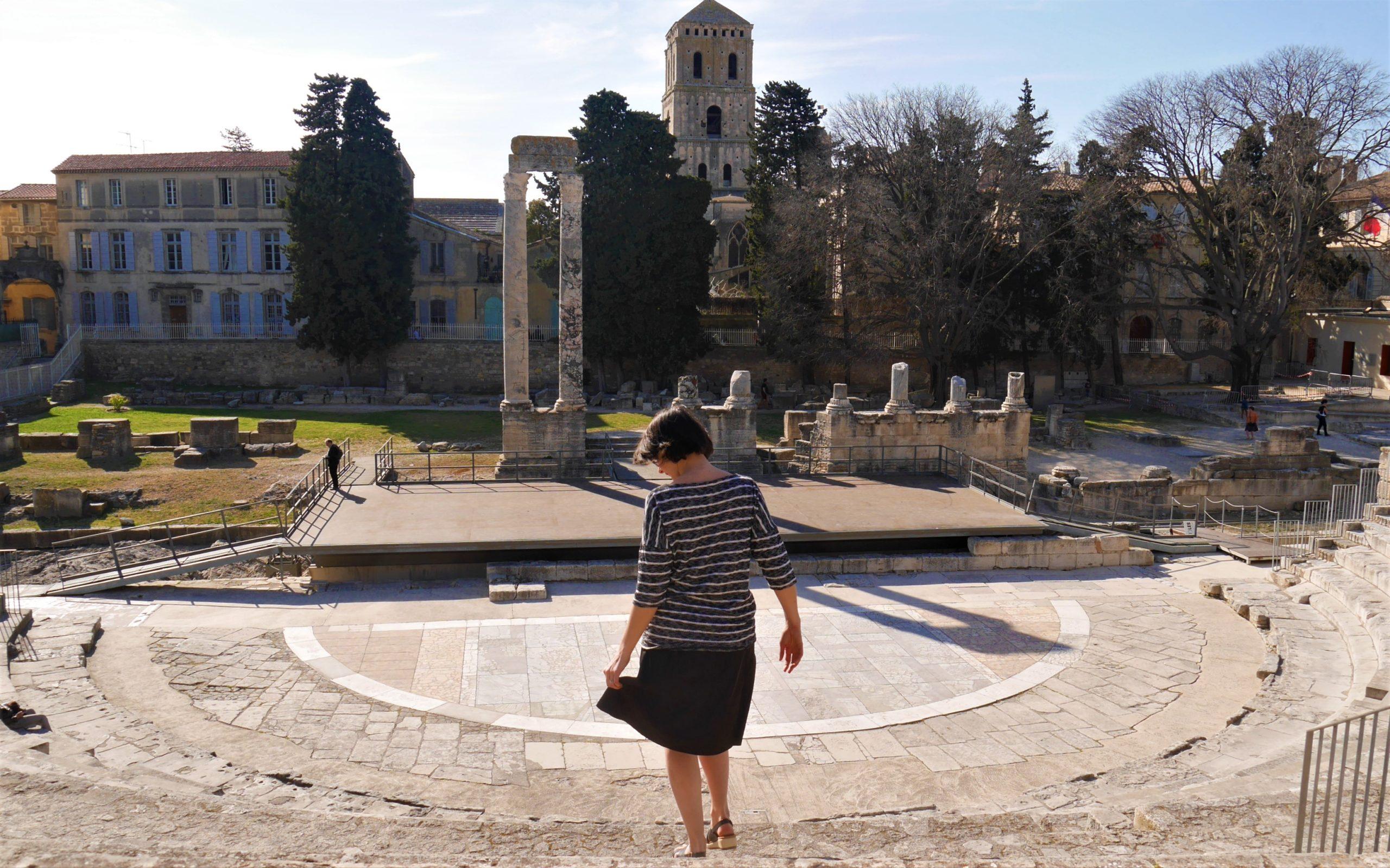 Arles passe visite amphithéâtre infos pratiques blog voyage provence