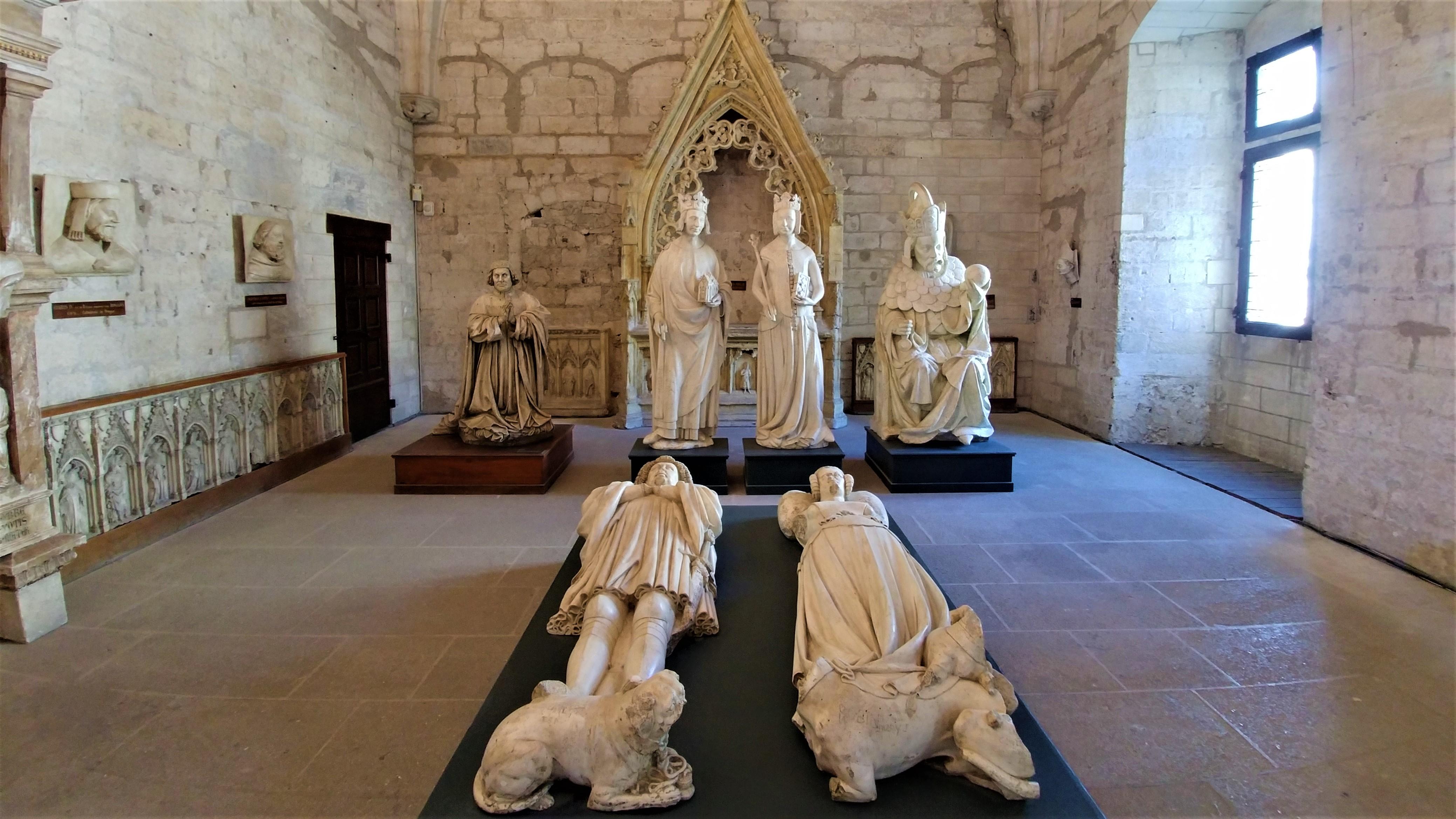 avignon papes palais