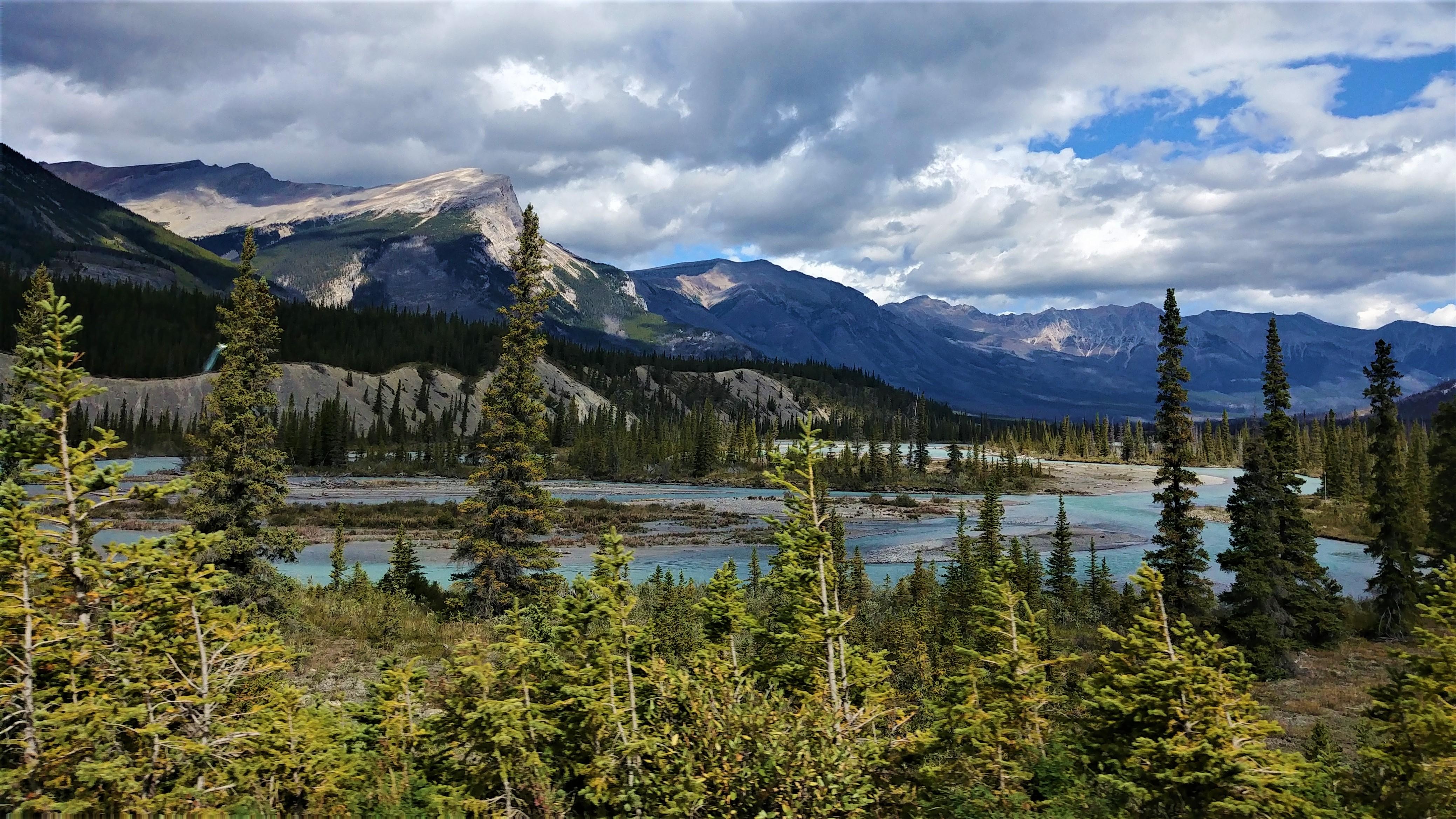 promenade des glaciers Banff Jasper icefield parkway infos