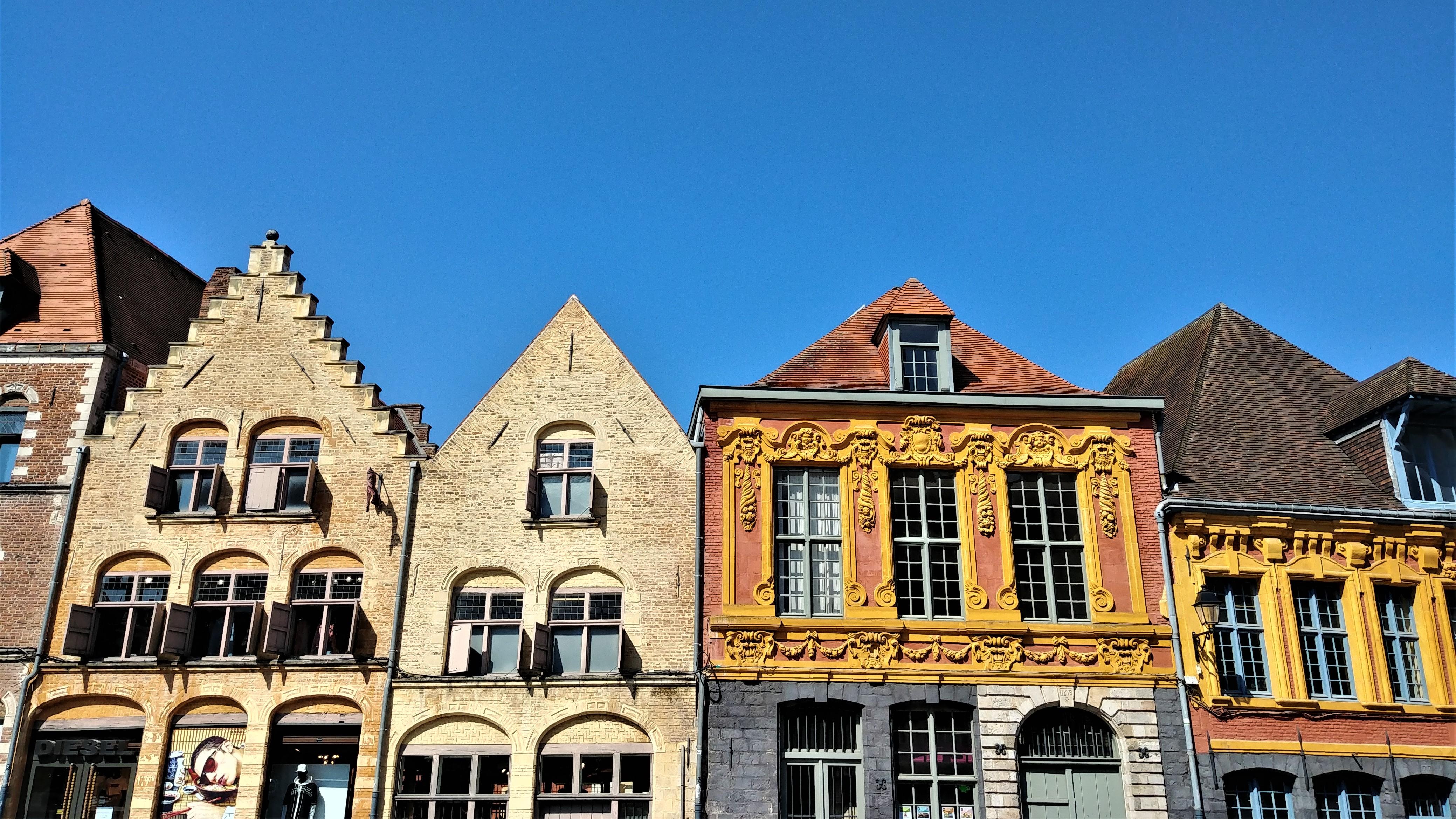 vieux lille facades que voir musee itineraire escapade france blog voyage arpenter le chemin
