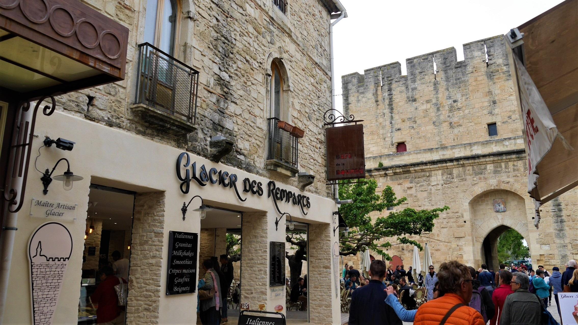 Aigues-Mortes blog voyage escapade Provence Arpenter le chemin