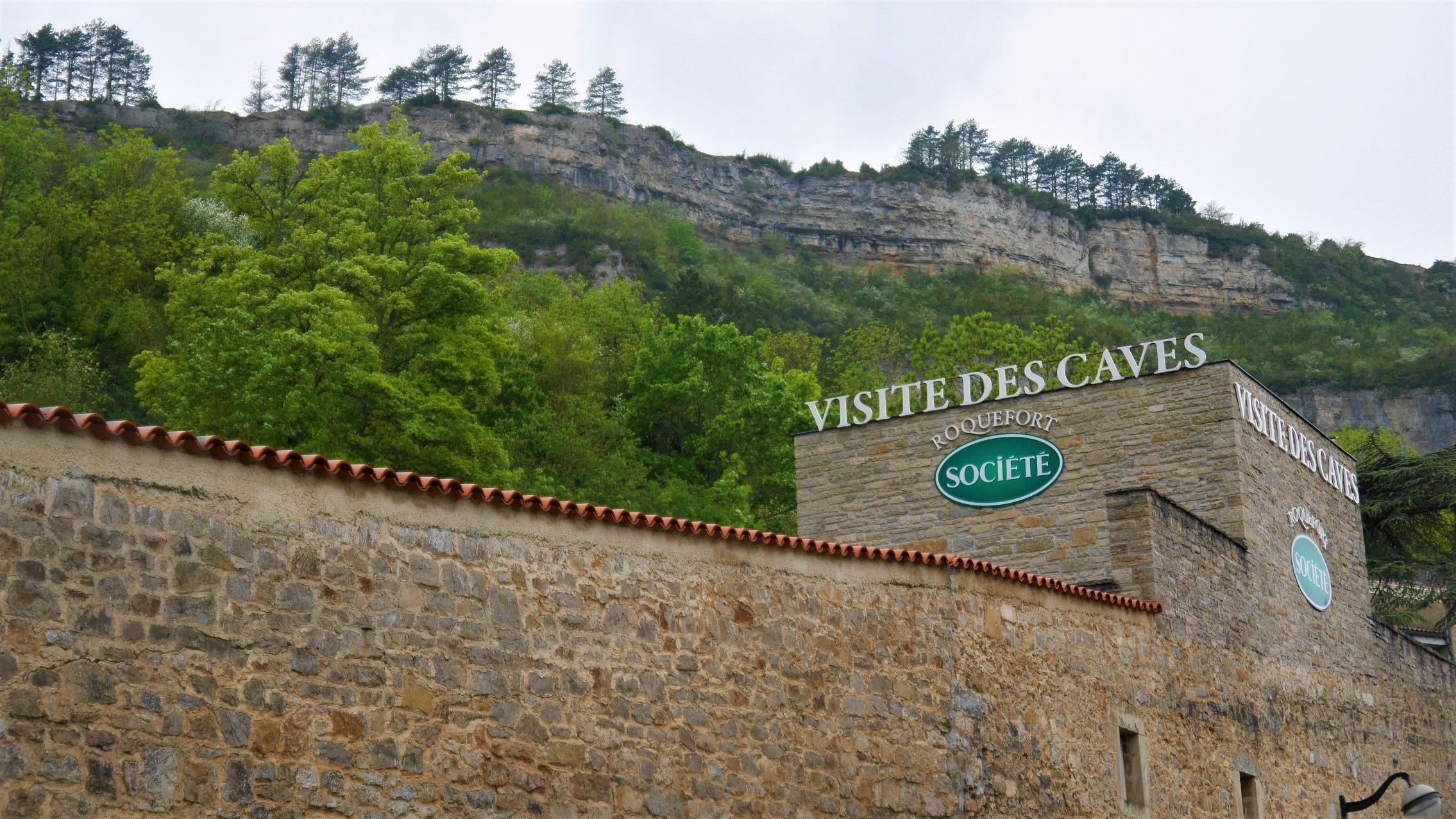 Aveyron Caves Roquefort Société visiter infos pratiques blog voyage france arpenter le chemin