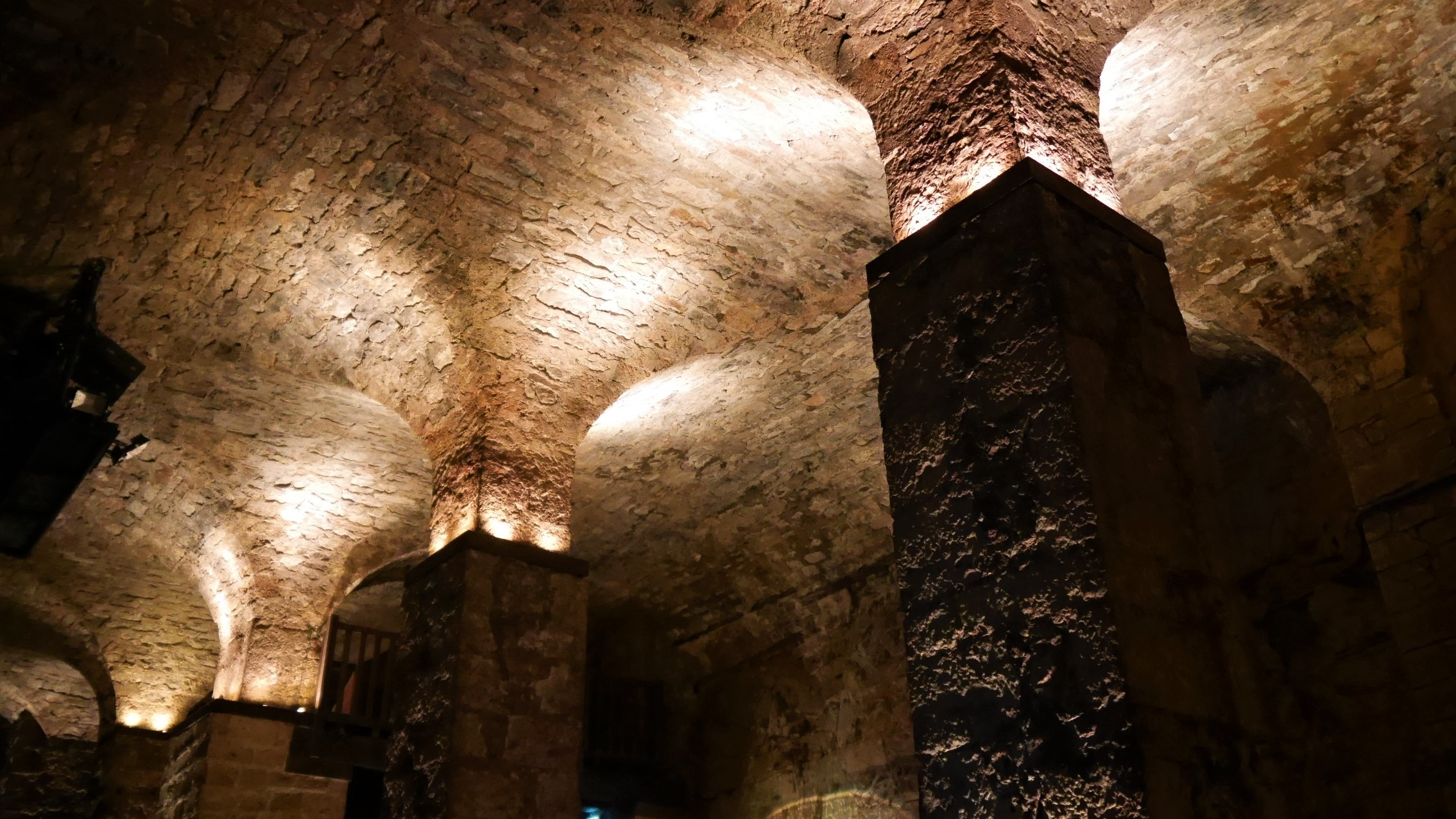 Aveyron Roquefort visiter caves infos pratiques blog voyage france arpenter le chemin