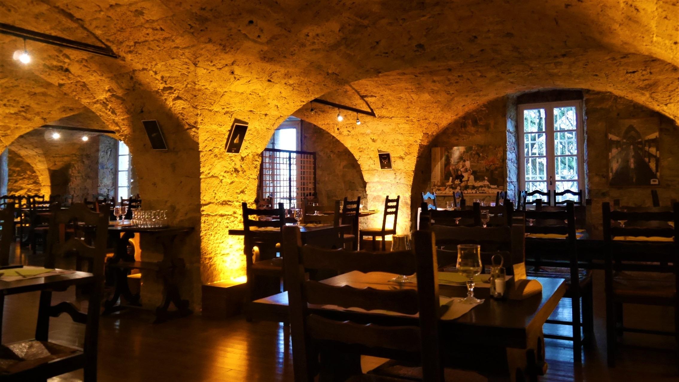 Aveyron caves Roquefort société restaurant blog voyage france