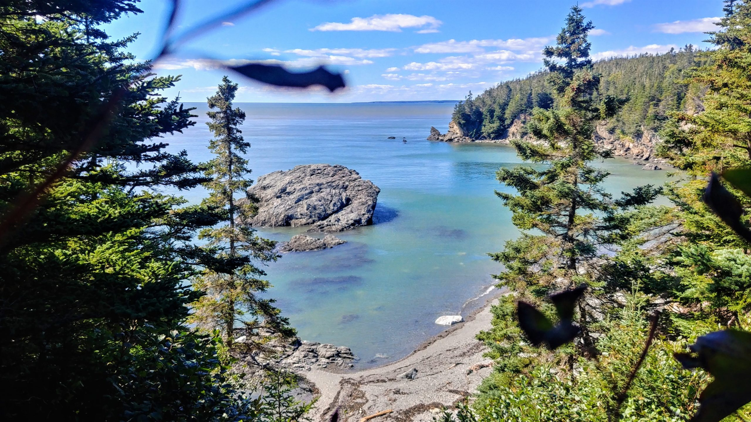 Split Rock Trail randonnée facile Nouveau-Brunswick Fundy Canada Arpenter le chemin