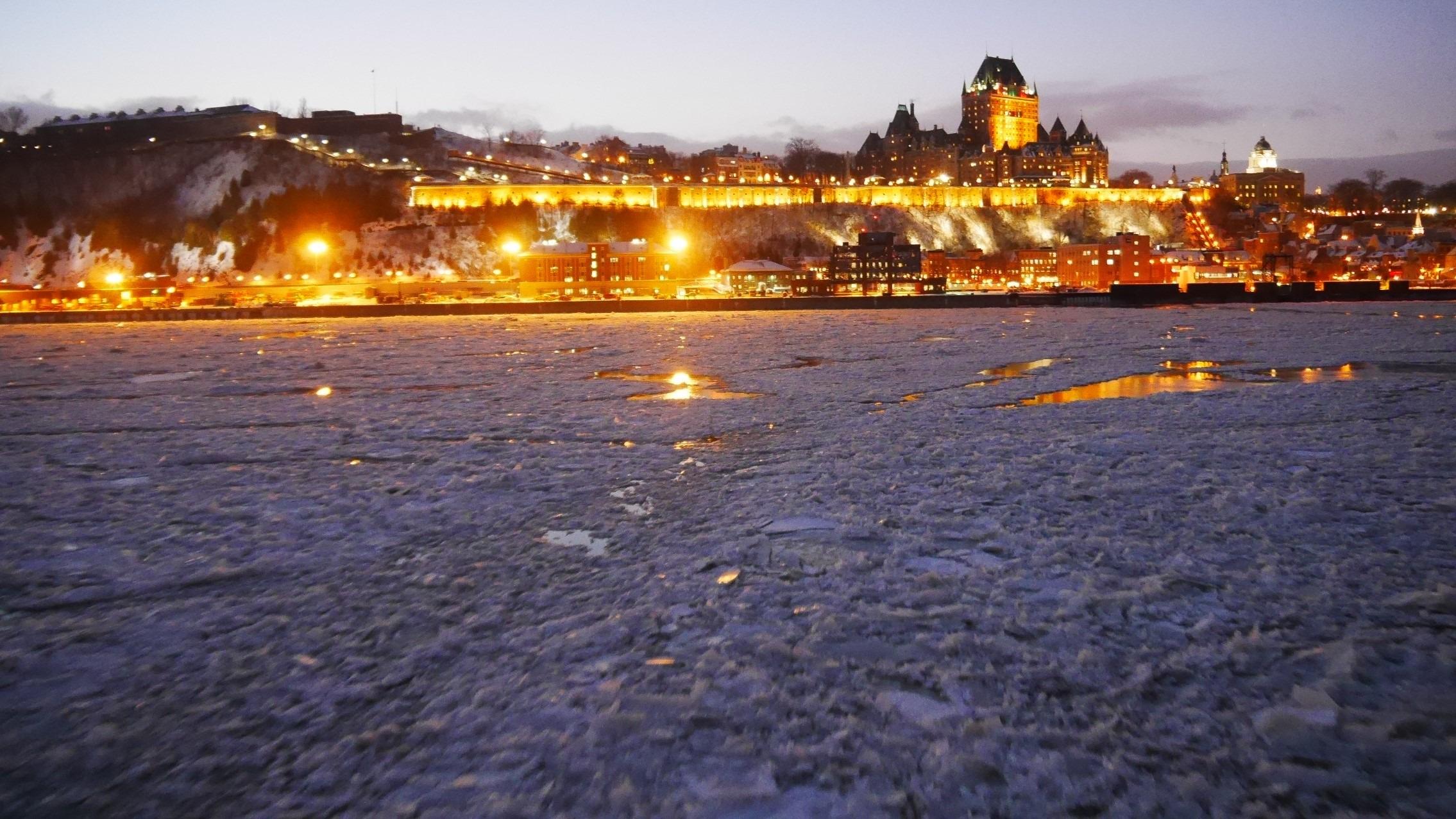 Quebec Noel traversier levis infos pratiques blog voyage canada fetes arpenter le chemin