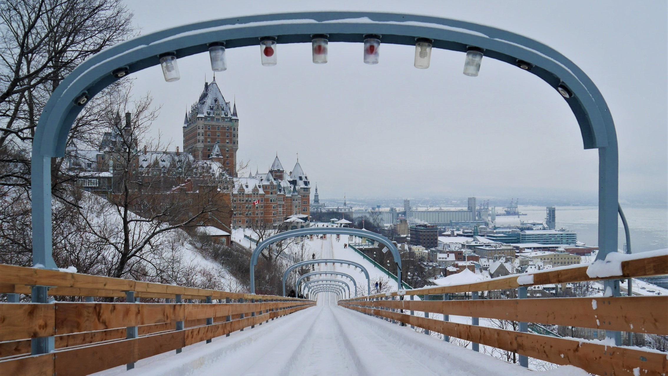 Quebec noel luge terrasse Dufferin infos pratiques blog voyage canada arpenter le chemin