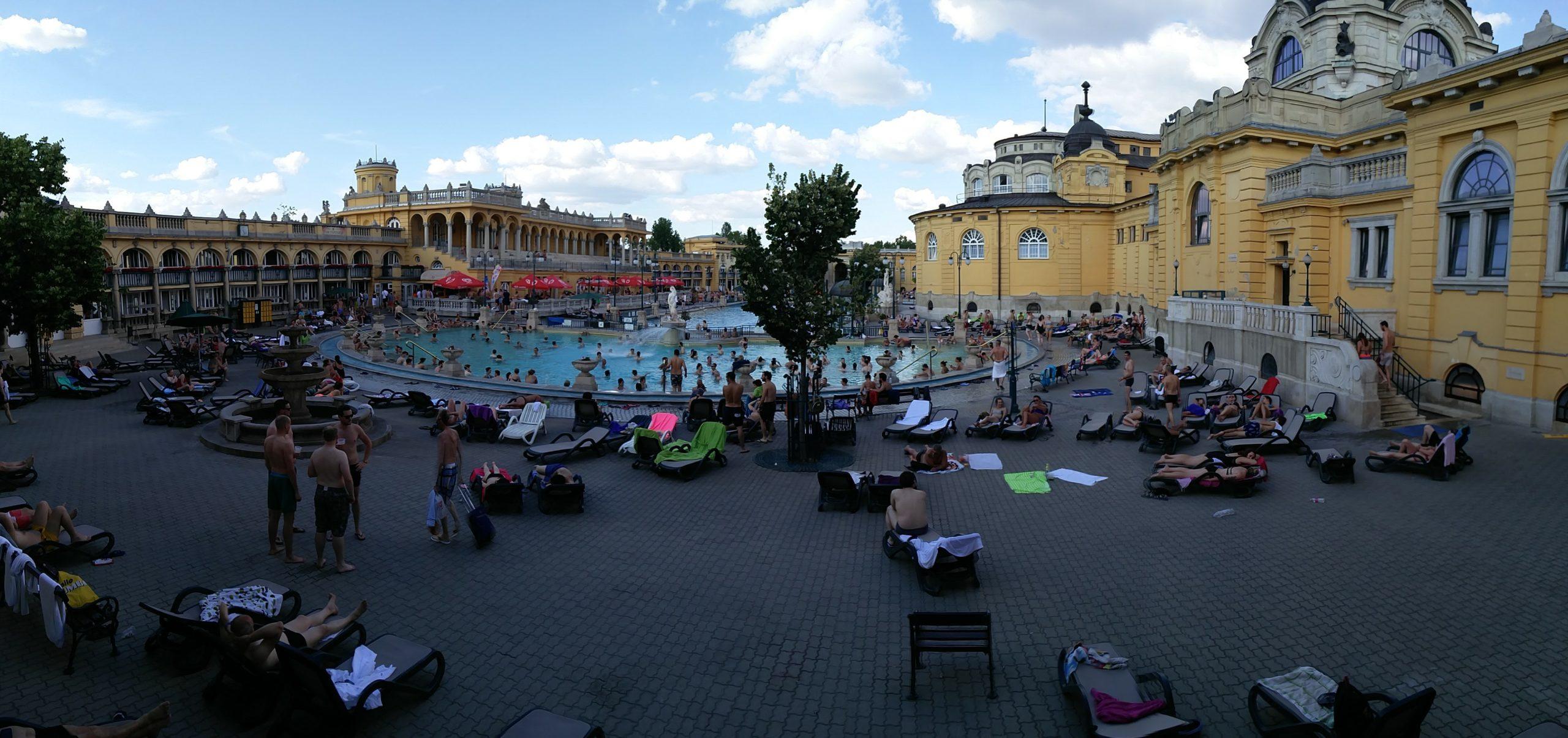 Thermes Szechenyi Budapest Hongrie