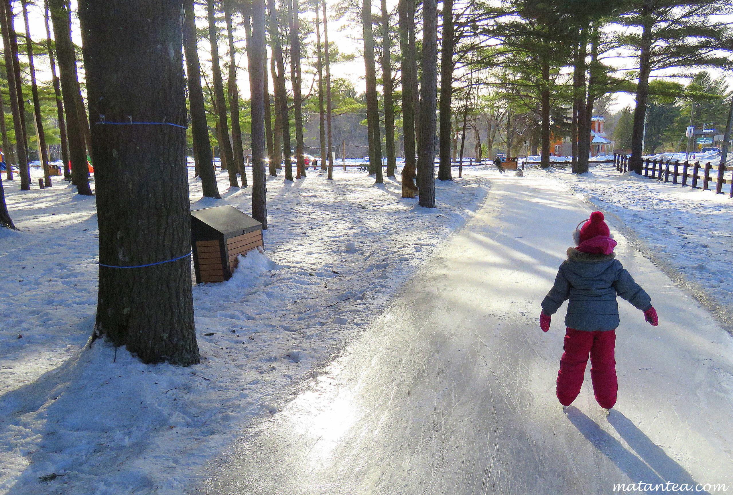 Patin en forêt Rawdon activité originale hiver