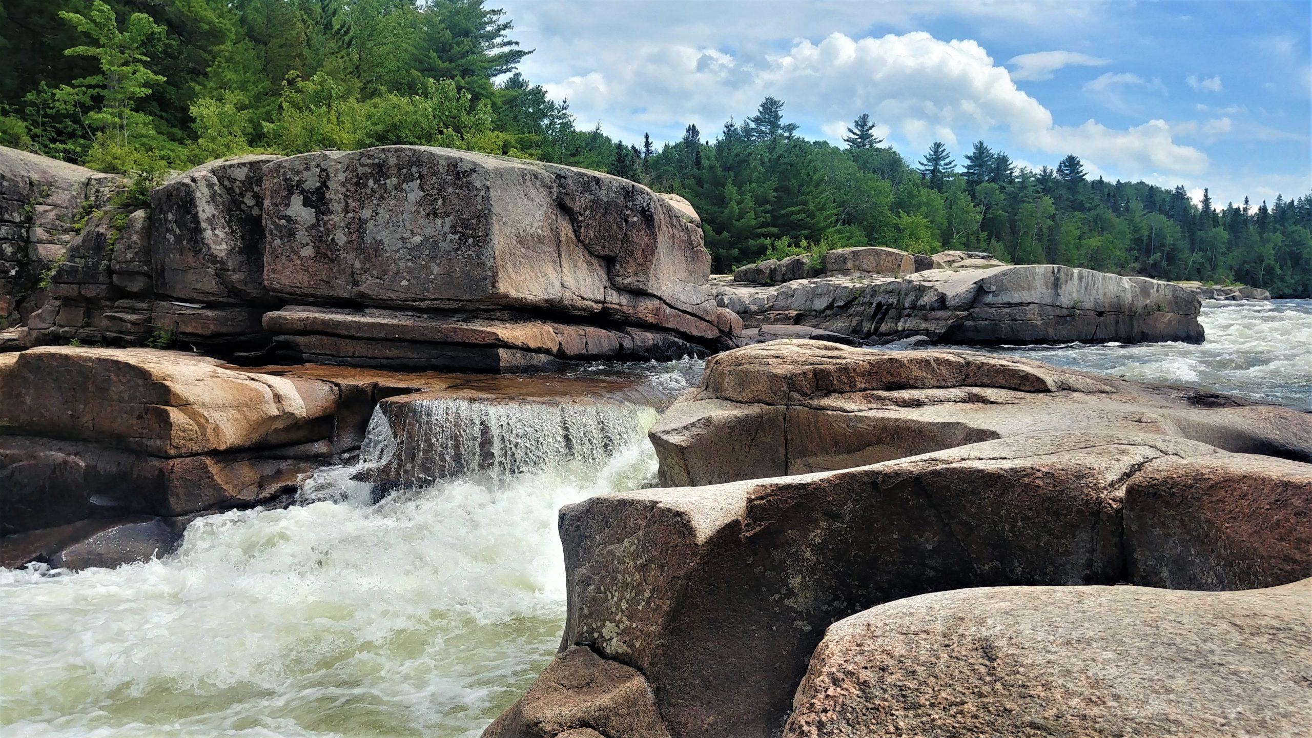 Bathurst chutes Pabineau randonnée région Chaleur blog voyage Nouveau-Brunswick