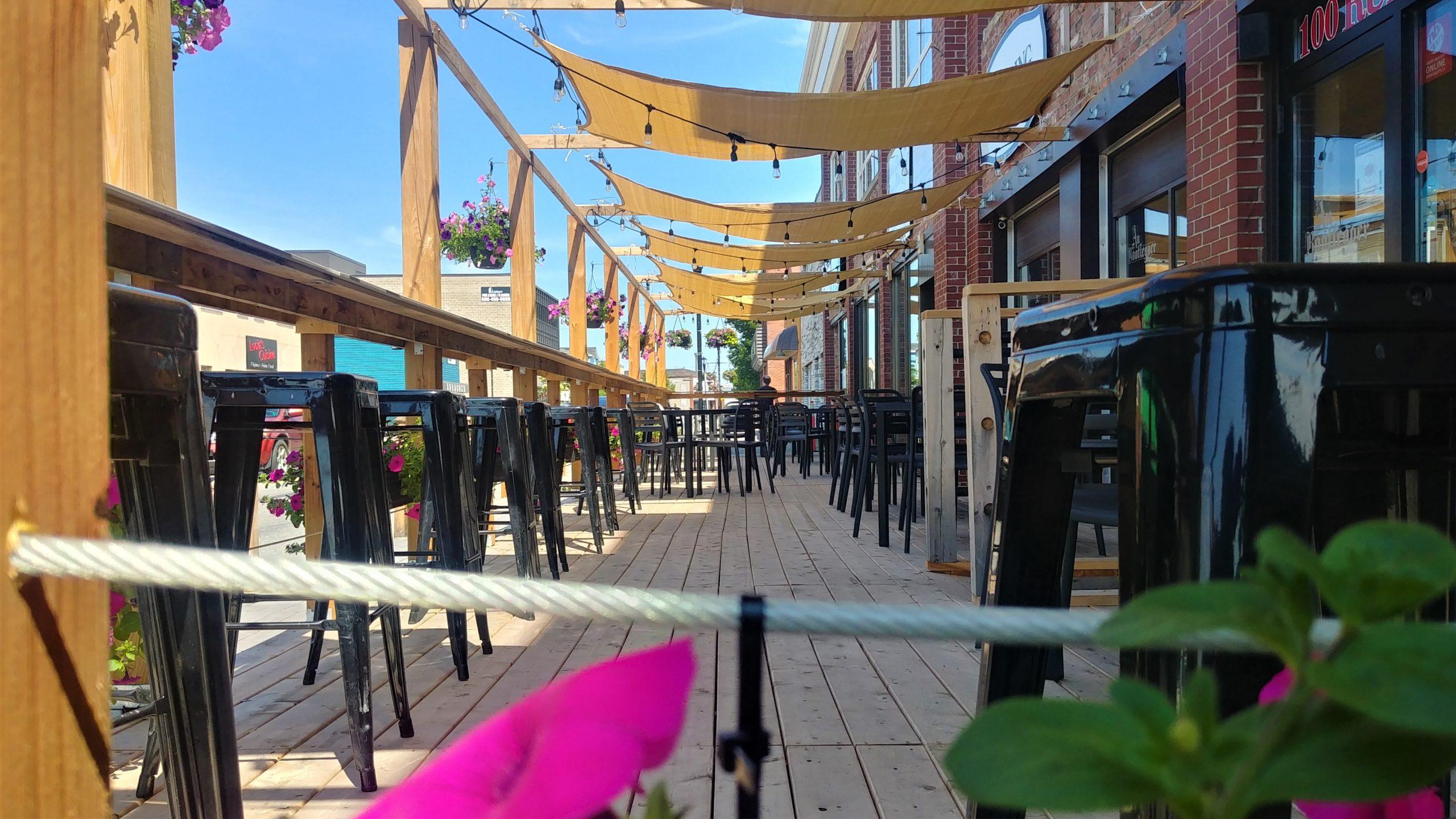 Bathurst microbrasseries patios que faire en été région Chaleur blog voyage Nouveau-Brunswick Arpenter le chemin