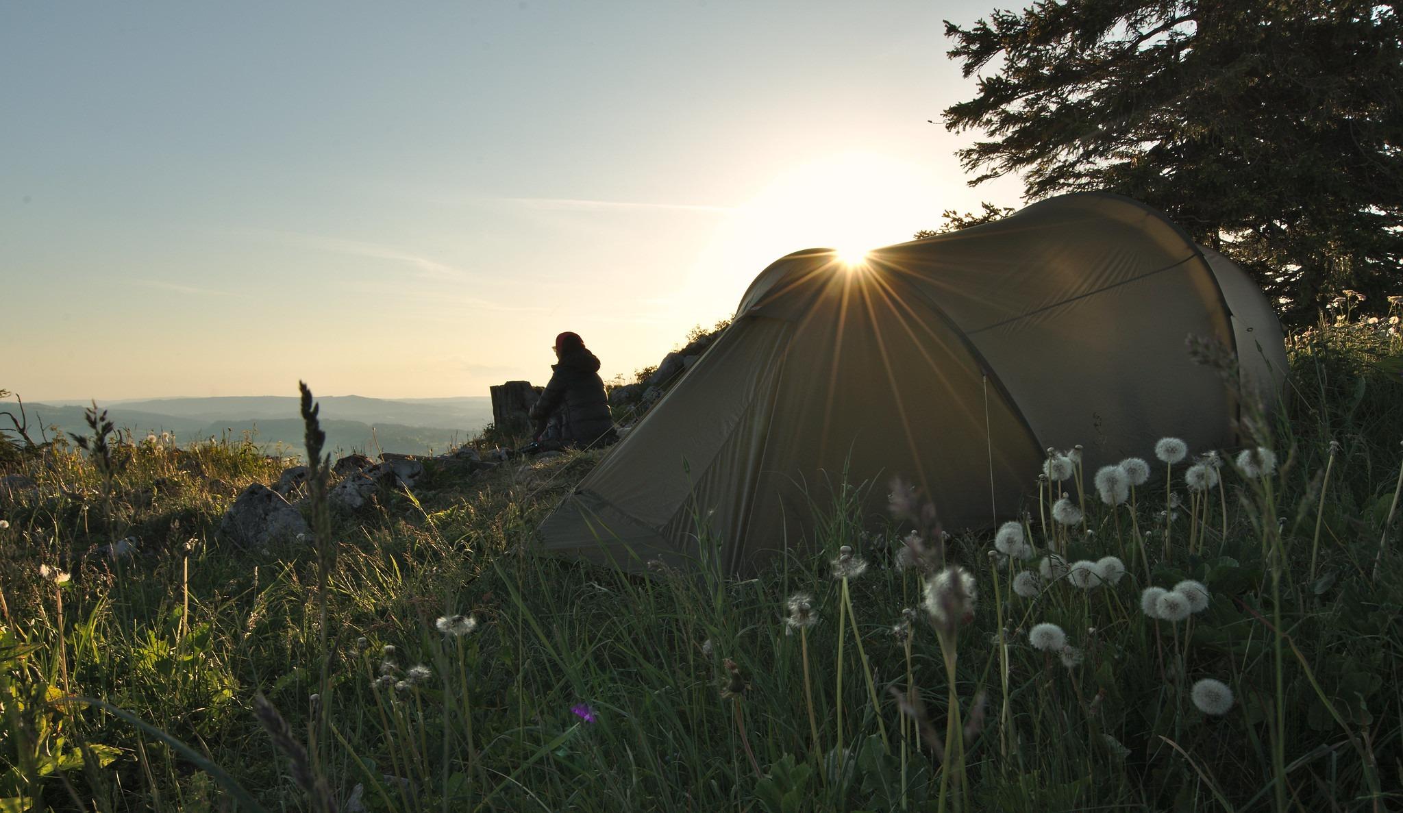 Bivouac camping sauvage conseils débuter